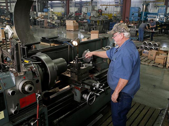 Machining on Manual machines